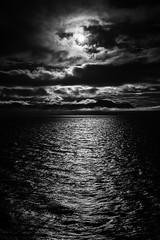 Seascape_Hornsund_16#001 (tor ger) Tags: hornsund spitsbergen svalbard seascape sea sun clouds water mountains fog sol sj hav tke vann fjell torgergryt bw