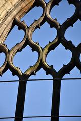 Abbey east window (L. Charnes) Tags: edinburgh holyrood abbey ruins gothic window