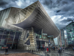 The Lowry (FotoFling Scotland) Tags: thelowry manchester salfordquays theatre fotoflingscotland