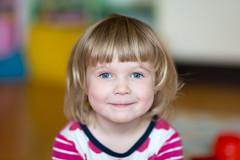 DSC_0171 (JohnPylad) Tags: sigma85mmf14 14 f14 dof nikond610 nikonfx naturallightportrait children barnfoto barn portrait portrtt sweden sverige 85mm 85