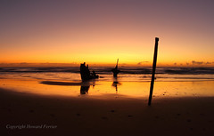 A clear day dawns (Howard Ferrier) Tags: oceania sand sunrise australia gold waves seq ssdickey beach sunshinecoast sea coralsea dawn dickybeach shipwreck queensland caloundra marinevessel transport dickeybeach