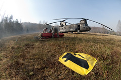161124-Z-II459-045 (SC Guard) Tags: scng chinook wildfires 2238thgsab tablerock forestry bambibucket 1111thgsab 59thatc southcarolinanationalguard southeasternwildfires pickenscounty southcarolina unitedstates