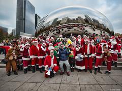 DSC_0982 (critter) Tags: santacon2016 santacon santa bean cloudgate millenniumpark christmas pubcrawl caroling chicago chicagosantacon artinstituteofchicago