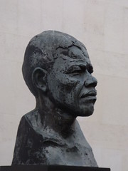Bust of Nelson Mandela - Royal Festival Hall, Southbank Centre, London (ell brown) Tags: southbank lambeth londonboroughoflambeth london greaterlondon england unitedkingdom greatbritain southbankcentre royalfestivalhall bust bronze bronzebust nelsonmandela ianwalters