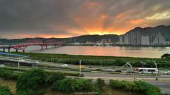 (szintzhen) Tags:                river sky sunset sunglow cloud reflection bridge road taipeicity taiwan