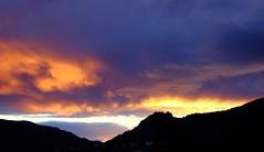 Oscuro Atardecer ..... (davidgv60) Tags: david60 mirrorless alcoi espaa atardecer sky color sunset spain fujifilm xt10 nubes nwn cielo natur natural paisvalenci photodgv