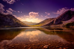 Lagos de Covadonga (anto_bueno) Tags: lagos covadonga landscape naturaleza nature sky asturias reflejos reflect sunrise sunset espaa espagne espana espania esenciadevida spain spagne europa europe love great world