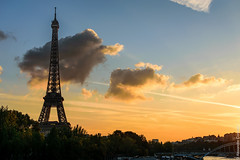 The Iron Lady enjoying the last sunlight (Alexandre Consten) Tags: paris eiffel tower sunset city cityscape iron seine france parisian views