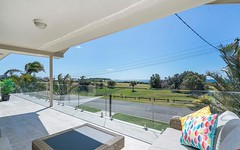 25 The Esplanade, Caves Beach NSW