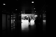 (formwandlah) Tags: kaiserslautern sunny day winter street photography streetphotography silhouette silhouettes silhouetten shadow schatten dark noir urban candid city strange gloomy cold sureal bizarr skurril abstract abstrakt melancholic melancholisch darkness light bw blackwhite black white sw monochrom high contrast ricoh gr pentax formwandlah thorsten prinz licht shadows fear paranoia einfarbig schwarzer hintergrund nacht fotorahmen