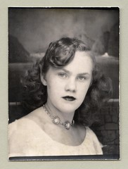 Photo Booth Girl (Raymondx1) Tags: vintage classic black white blackwhite sw photo foto photography girl cute lady woman photobooth backdrop photoboothgirl photoboothshot fashion 1940s forties three shell cameo necklace threeshell cameonecklace