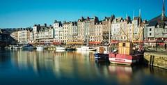 Honfleur - Normandie - France (Adrien Hay) Tags: france normandie normandy port boat bateau vacance normand
