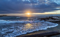 Good Morning (Paul Rioux) Tags: prioux outdoor waterfront seascape seashore sea ocean waves surf sunrise morning daybreak logs driftwood nature scenic clouds beach