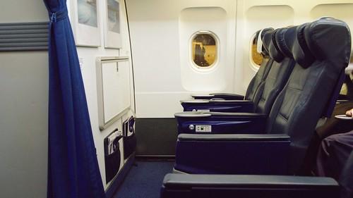 Onboard A320 Club Europe - British Airways