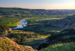 Little Missouri River (ap0013) Tags: little missouri river landscape north dakota theodore roosevelt national park littlemissouririver theodorerooseveltnationalpark northdakota nationalpark theodoreroosevelt hdr grassybutte unitedstates
