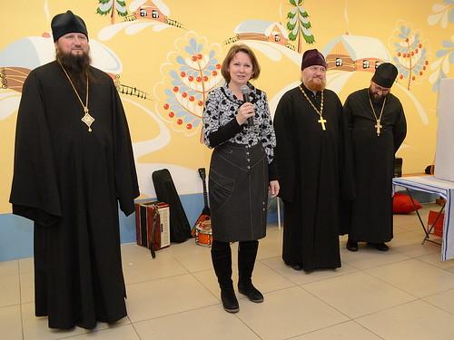 Анна Владимировна Лопарева - начальник управления по связям с религиозными, национальными и благотворительными организациями министерства региональной политики Новосибирской области.