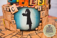Matilda The Musical Cake (Lisa West Photography) Tags: matilda musical matildathemusical matildainoz matildabway matildawormwood cake cakedecorating caketoppers caketopper musicaltheatrecake musicaltheatre fondant gumpaste sculpture silouhette misshoney modellingchocolate