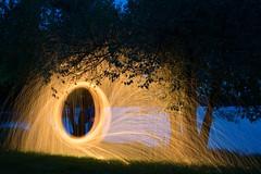 Spiel mit dem Feuer (karin-garcia) Tags: lichtmalerei