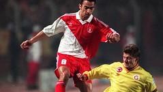 Youri Djorkaeff & Tugay Kerimoğlu (l3o_) Tags: galatasaray cimbom gs football futbol youri djorkaeff tugay kerimoğlu
