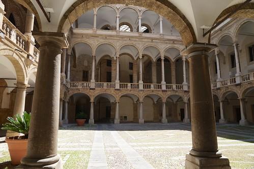 Renaissance arcades, Palazzo Reale, Palermo