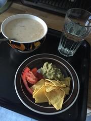 Krögar'n tipsar 5/10 (Atomeyes) Tags: chips mat guacamole lime tortilla vatten fisk tomat soppa
