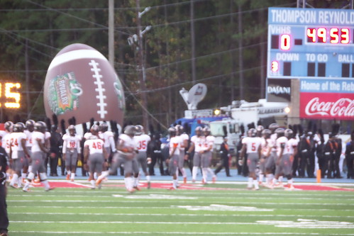 "Vestavia vs. Hoover • <a style=""font-size:0.8em;"" href=""http://www.flickr.com/photos/134567481@N04/21617617563/"" target=""_blank"">View on Flickr</a>"
