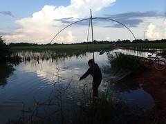 Lift net fishing