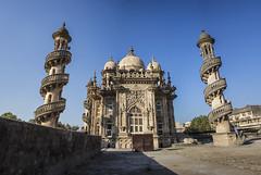 an ode (Tin-Tin Azure) Tags: mahabat maqbara palace mausoleum bahaduddinbhai hasainbhai junagadh gujarat india nawab 18th century chitkana chowk tomb baharuddin bhar blue sky ruin detail architecture spiral staircase