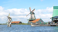 (Lin ChRis) Tags: zaanseschans holland netherlands 贊瑟斯漢斯 荷蘭 風車 windmill ocean 海 sea