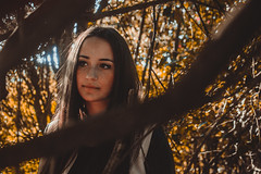 Fall (Riccardo_29) Tags: fall autunno model modella beauty beautiful bellezza italy italia italian skin pelle lips labbra nikon d3100 eyes occhi hair capelli nature natura yellow giallo blue blu lights luce sun sole branches rami