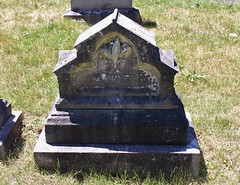 (spotboslow) Tags: mountauburncemetery cambridge watertown massachusetts amoshaynes harrietchaynes harrietcordeliahaynes