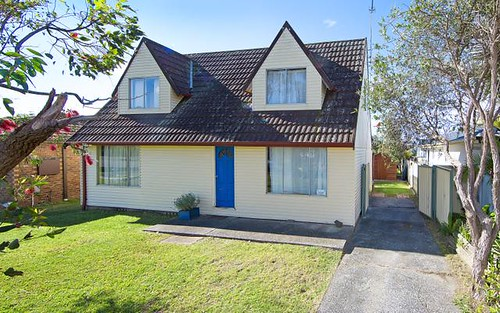 14 Malana Avenue, Bateau Bay NSW 2261