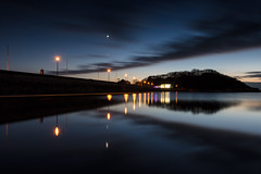 Moon & Venus over the lake (~g@ry~ (clevedon-clarks)) Tags: clevedon marinelake lake landscape seascape dusk night evening reflections clouds cloudmovement cloudreflections northsomerset salthouse moon venus