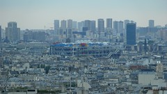 2014-07-15 21:00:07 Centre Pompidou in the Distance, Paris (MedEighty) Tags: 2014 july juillet ledefrance paris centrepompidou centregeorgespompidou georgespompidoucenter renzopiano richardrogers gianfrancofranchini arup pipes cylinders montmartre city distance zoom architecture colourful coloful color medeighty