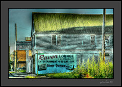 Raven Lounge Detroit MI (the Gallopping Geezer '4' million + views....) Tags: building structure ravenlounge bar pub tavern drink blues entertainment old shabby decay decayed worn faded sign signage ad advertise advertisement chene street detroit mi michigan neighborhood hrd tonemapped tonemap canon 5d3 sigma 24105 geezer 2016