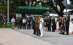 Img557633nx2 (veryamateurish) Tags: singapore remembranceday armisticeday wreathlaying cenotaph padang connaughtdrive singaporecricketclub