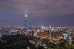 台北夜風華 - Night view of Taipei (basaza) Tags: 30d canon 1635 101 taipei