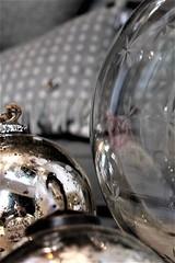 Elizabeth Stanhope Interiors Christmas Mill Street Oakham Rutland Baubles (@oakhamuk) Tags: oakhaminbloom oakham christmas shop window competition rutland