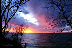 DSC05280Pw (Scott Glenn) Tags: lakemichigan puremichigan glenlord stevensville reflections water lake sony alpha a300