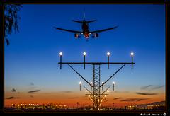 El Prat - Spooting 2016 (Havaux Photo) Tags: catalunya cataluña barcelona elprat prat aeroport aeropuerto avions aviones cel cielo capvespre atardecer spooter colors colores llums luces blau azul nubols nubes havaux photo robert