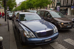 Spotting 2012 - Maybach 57 (Deux-Chevrons.com) Tags: maybach57 maybach 57 car coche voiture auto automobile automotive spot spotted spotting croise rue street france