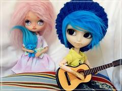 Conhecendo o território (Pliash) Tags: dal doll cute kawaii blue pink hair zelfo pullip mao custom fullcustom full madeleine dolls madeleinedolls