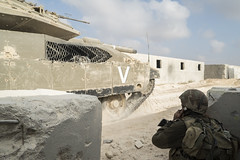High-Ranking Officers Training near Tze'elim (Israel Defense Forces) Tags: infantry training sand tank soldiers officers armoredcorps groundforces
