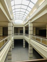 Light Scene (Nicholas Eckhart) Tags: ohio usa retail america mall dead us cincinnati oh stores forestpark 2015 deadmall cincinnatimills forestfairmall cincinnatimall forestfairvillage