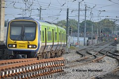 29003 arrives at Connolly, 28/9/15 (hurricanemk1c) Tags: dublin irish train rail railway trains commuter railways caf irishrail 2015 connolly iarnród 29003 éireann iarnródéireann class29000 1040maynoothpearse newcomenjunction