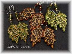 Spiral forest leaves earrings (Eala's Jewels) Tags: red brown black green nature leaves forest spiral gold leaf handmade earring jewelry fantasy clay bead swirl polymer ealajewels