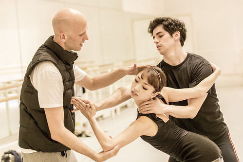 Wayne McGregor, Akane Takada and Federico Bonelli in rehearsal for Tetractys, The Royal Ballet © ROH/Johan Persson, 2014