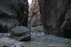 "The Narrows • <a style=""font-size:0.8em;"" href=""http://www.flickr.com/photos/63501323@N07/22514856581/"" target=""_blank"">View on Flickr</a>"