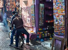 Fes (NFTOMY) Tags: simplysuperb flickrbest marruecos marrakech fez nikon nikond5100 nikonphoto nikonphotography urban street streetphotography streetphoto mercadillo morocco mercado market marroqu almarib