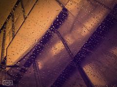Gotas/ Drops (Jose Antonio. 62) Tags: colours window ventana lluvia rain drops gotas building edificio architecture arquitectura